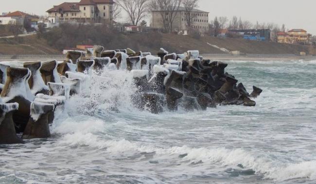 Sursa foto: www.101stiri.ro-Mioara Cristina NAGÎȚ  Pe plaja din Eforie Sud