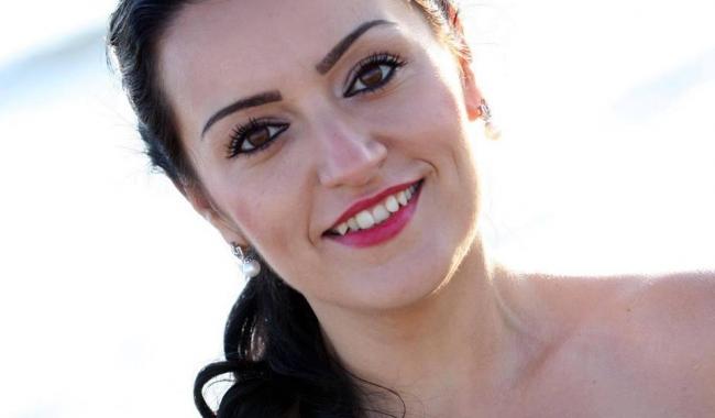 Adriana Ion, hairstylist