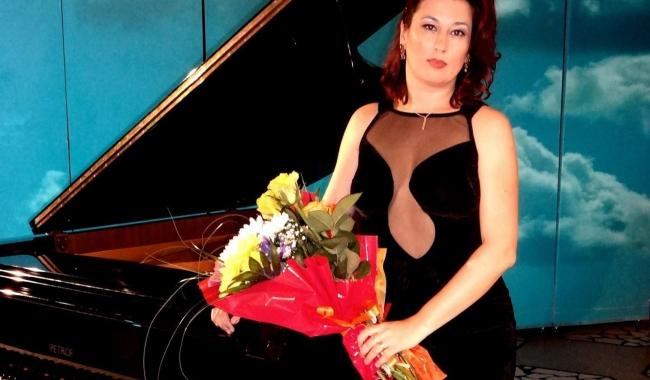 Pianista Andreea Bratu