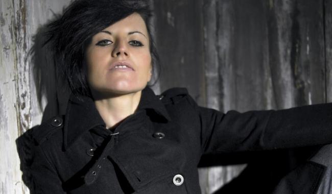 Sursa foto: 1920x1200.net/ Dolores O'Riordan va fi anchetată de autorităţile irlandeze şi riscă pedeapsa cu închisoarea