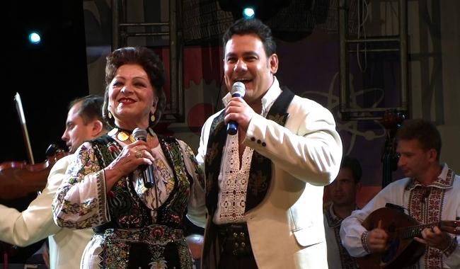 Sursa foto: youtube   Maria Ciobanu, fenomen al folclorului românesc, alături de fiul său, Ionuț Dolănescu
