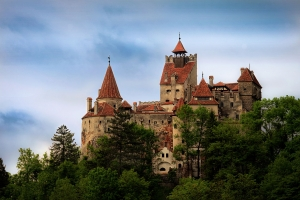 Fantoma lui Dracula încă mai bântuie Branul