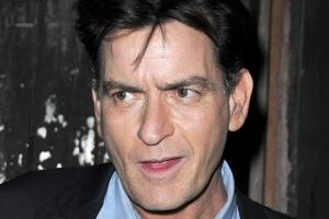 Actorul Charlie Sheen a confirmat că este HIV seropozitiv