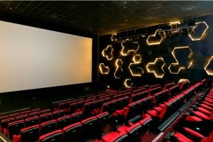 Se deschide primul cinema 4DX din România!