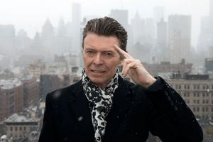 Nu este o farsă: legendarul cântăreț David Bowie a fost răpus de cancer