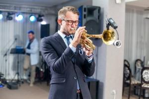 Eugeniu Albu sau White Trumpet - un jazzman care dă o altă nuanță muzicii comerciale