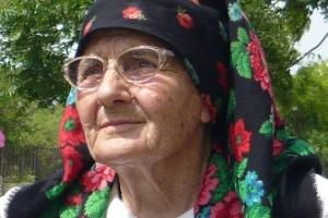 """EXPERIENȚE DOBROGENE ȘI BĂCĂNIA CÂMPENEASCĂ VĂ INVITĂ SĂ DEGUSTAȚI """"TURTELE MAMAIEI MARIA"""""""